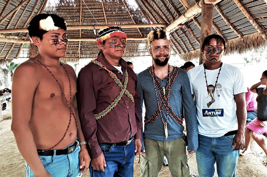 Hommes Achuar